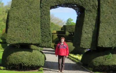 Laurene Ebbett: Gardens of the Lakes District, Wales and Ireland